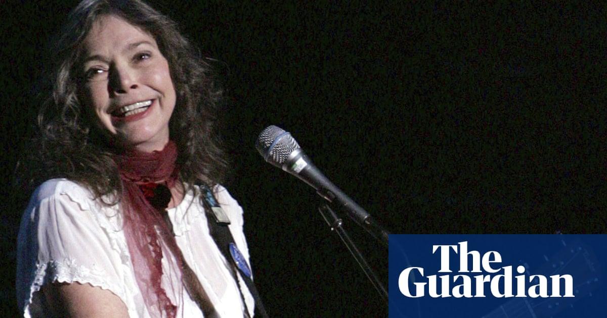 Grammy-winning folk artist Nanci Griffith dies at 68