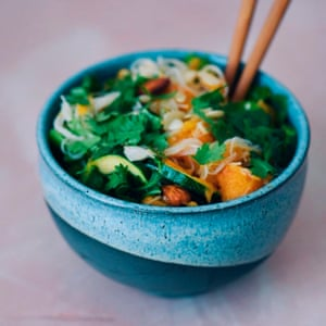 Rice noodles with squash and courgette