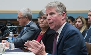 New York district attorney Cyrus Vance testifying before the House Judiciary Committee, seated next to encryption expert professor Susan Landau