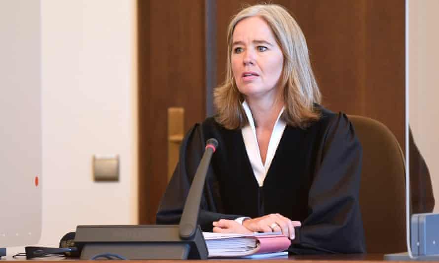 Judge Anne Meier-Göring in court in Hamburg. a