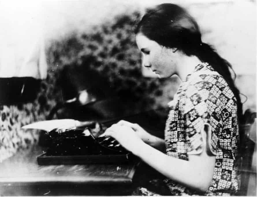 Barbara Newhall Follett in 1926.