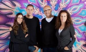 Members of the Arnau family