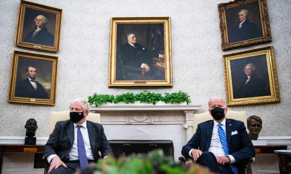 Boris Johnson meets Joe Bide in the Oval Office of the White House.