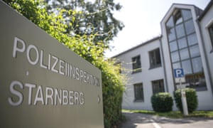 About 50 teenagers tried to break open the door to the police station in Starnberg, Germany, on Thursday night.