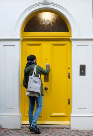 Cold calling … Alex Urso knocks on a Hammersmith door for the Welcome Project.