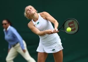 Katerina Siniakova on her way to victory.