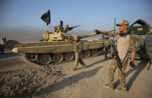 Iraqi troops gather in the al-Shourah area