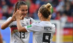 Sara Däbritz celebrates her goal against Spain.