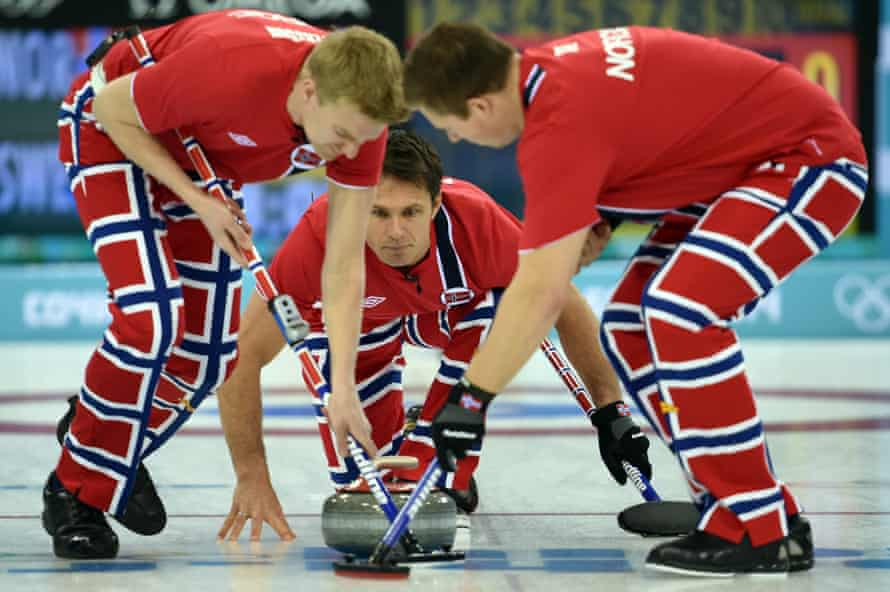 Norway's Thomas Ulsrud watches the stone in Sochi