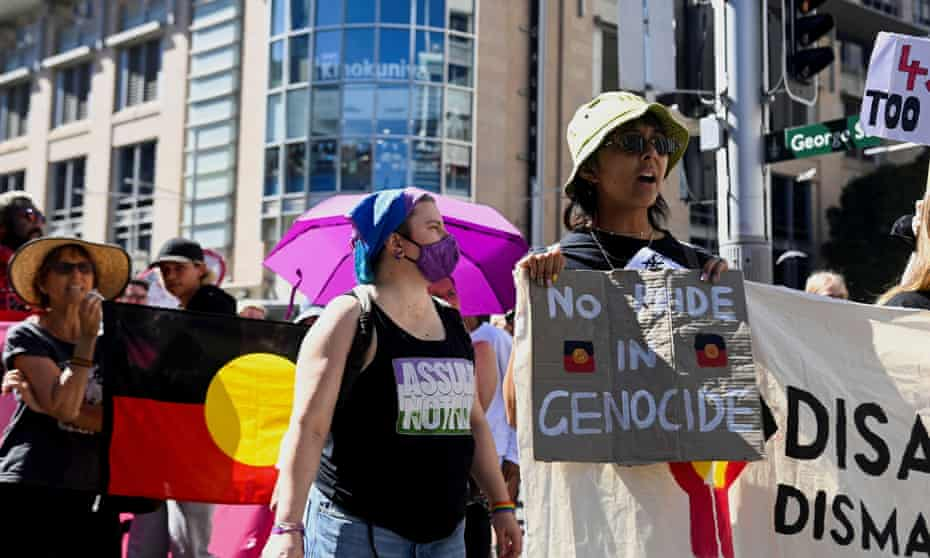 Protesters in Sydney rally to mark a national day of action against Aboriginal deaths in police custody.