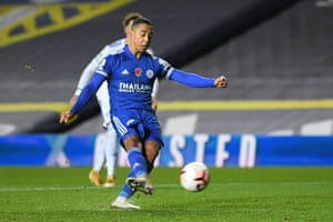 Youri Tielemans scores Leicester City's fourth goal from the penalty spot.