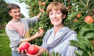 Farm worker Jerzy Kwapniewski and farmer Ali Capper