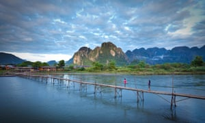 Footbridge over the Nam Song river at Vang Vieng.
