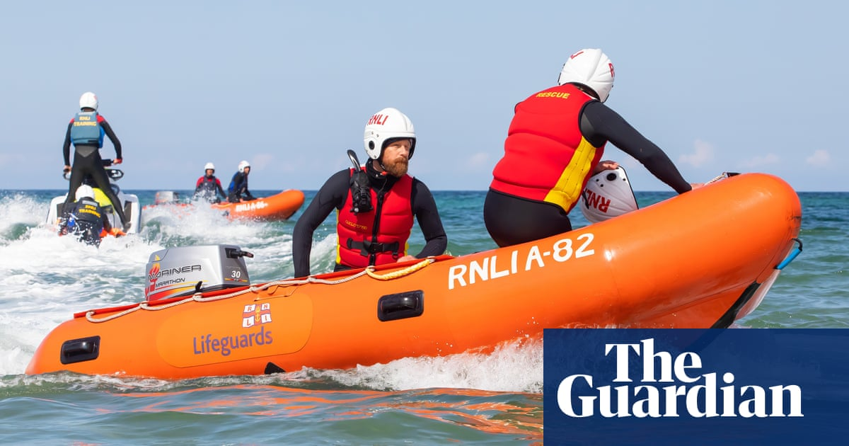 RNLI says lifesaving callouts increased by 30% in summer 2020