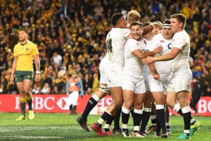 England celebrate Jamie George's try