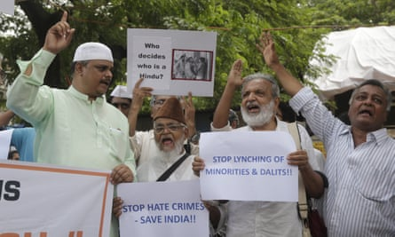 Indian activists protest against this week's attack on the social activist Swami Agnivesh in Mumbai.