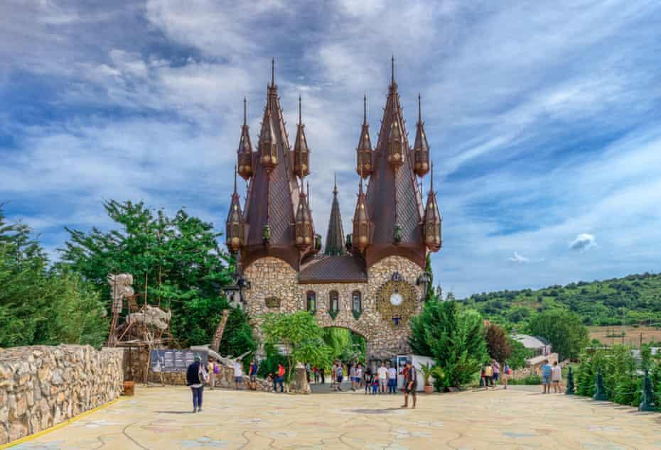 Castle in Love with the Wind, Ravadinovo, Bulgaria