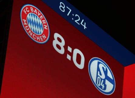 Le score de 8-0 n'était pas joli pour Schalke, qui affrontera le Werder Brême dans la première place de la télévision samedi prochain.