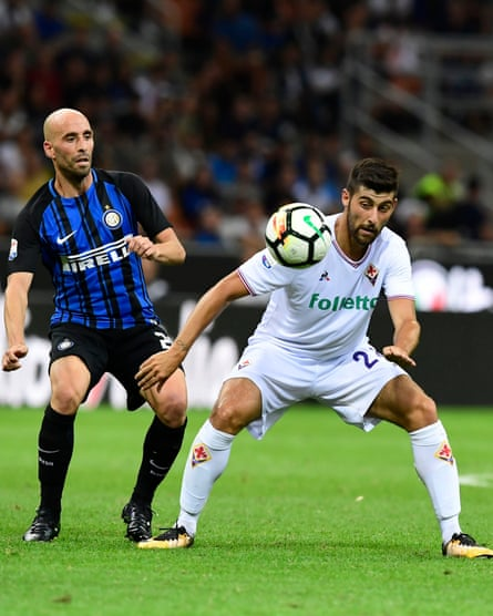 Marco Benassi, right, keeps an eye on the ball during his first Serie A game for Fiorentina against Inter.