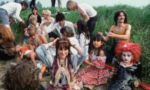 A break during filming of the 1979 Dutch film Cha Cha, Ruigoord, west Amsterdam.