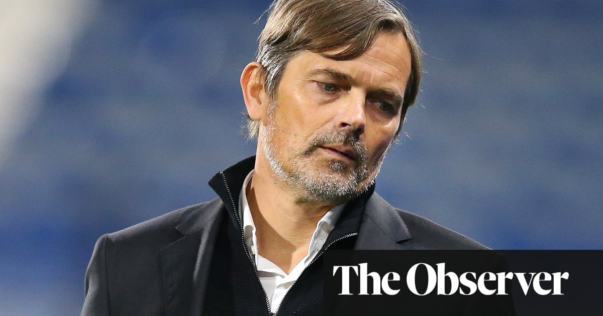 Derby part company with Phillip Cocu and give Wayne Rooney interim role