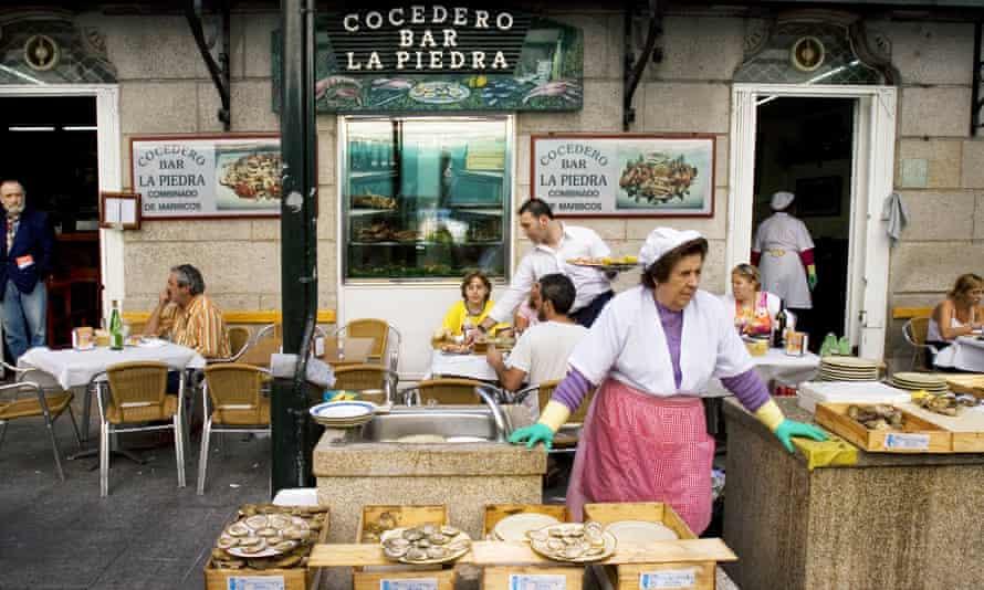 Seller of oysters, Vigo