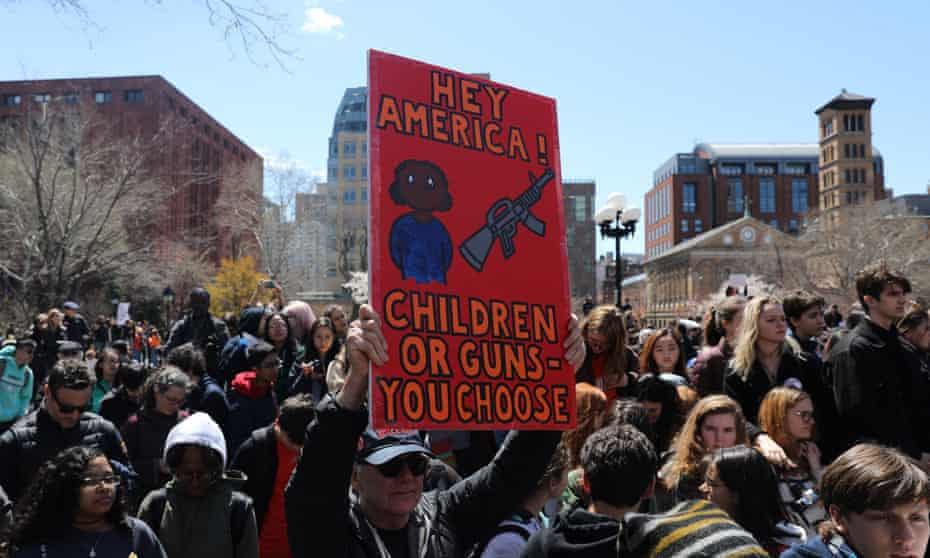 Students rally against gun violence in New YorkNEW YORK, USA - APRIL 20: Hundreds of high school students take part in a protest against National Rifle Association (NRA) at Washington Square Park in New York, United States on April 20, 2018. Students mourn shooting deaths of 17 people at Marjory Stoneman Douglas High School in Parkland, Florida. (Photo by Atilgan Ozdil/Anadolu Agency/Getty Images)