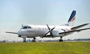 Plane makes emergency landing after propeller falls off over