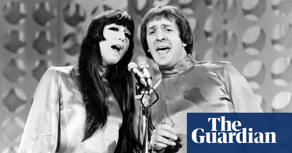 Cher sues Sonny Bono's widow over rights to singing duo's songs