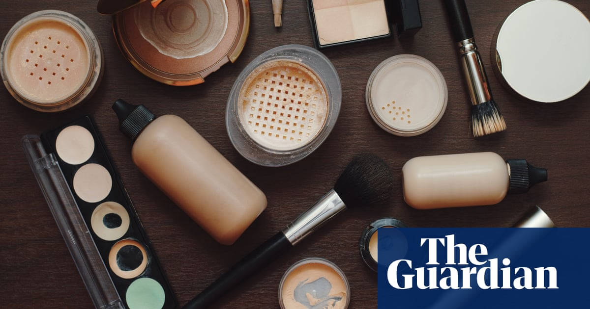 On TikTok, liberal teens put makeup on to look rightwing (and vice versa)