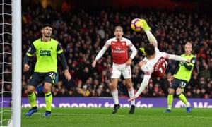 Lucas Torreira scores an acrobatic winner for Arsenal.