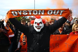 Blackpool fans protest against Owen Oyston in 2016.