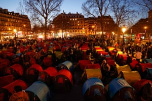 Paris, FrancePeople settle in one of 300 tents set-up in La Place de la Republique for the start of a night of Solidarity organised by Collectif Requisitions to highlight the plight of the homeless