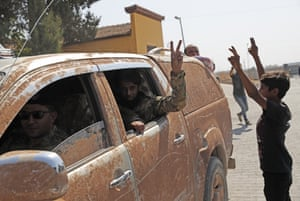 Akçakale, Turkey  Akcakale, Turkey. Members of Turkey-backed Syrian National Army drive back to Turkey after undertaking inspections at the Syrian border