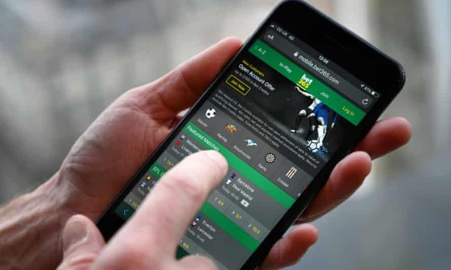 A man using the online gambling website Bet365