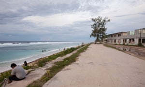 Location Block was a residential area for foreign miners but is now occupied by local Nauruans and other islanders, including refugees. Asylum seekers will now also be able to move freely around the island at all times, but it is not clear whether that includes living outside detention centres.