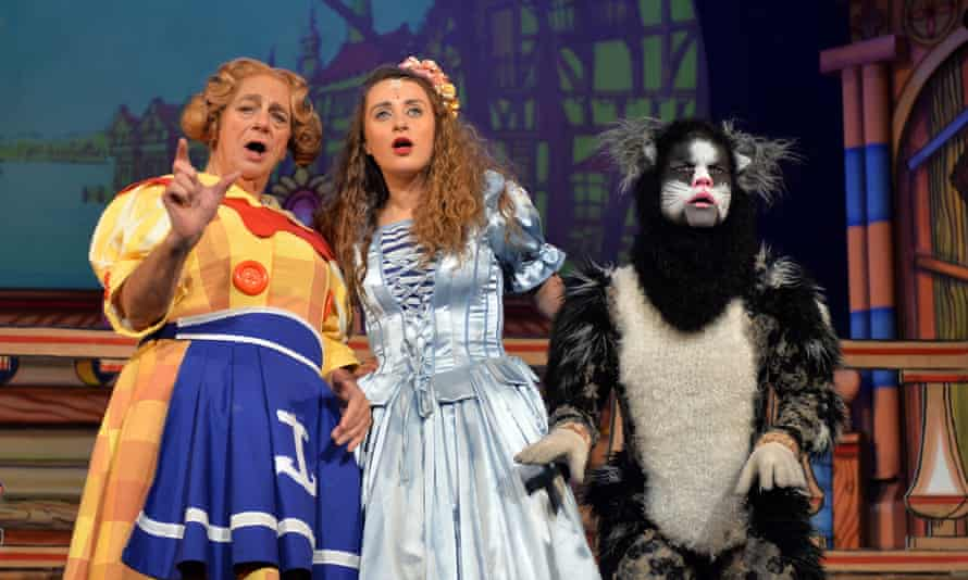 Roy Hudd, Amelia-Rose Morgan and Steven Hardcastle in Dick Whittington and his Cat.