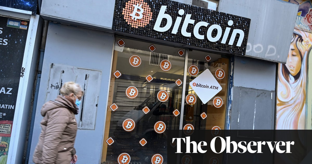 Image of article 'Bitcoin boom threatens to turn it into pure gold'