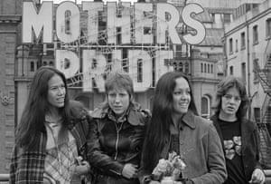 Fanny in 1972: June Millington, Nickey Barclay, Jean Millington and Alice de Buhr.