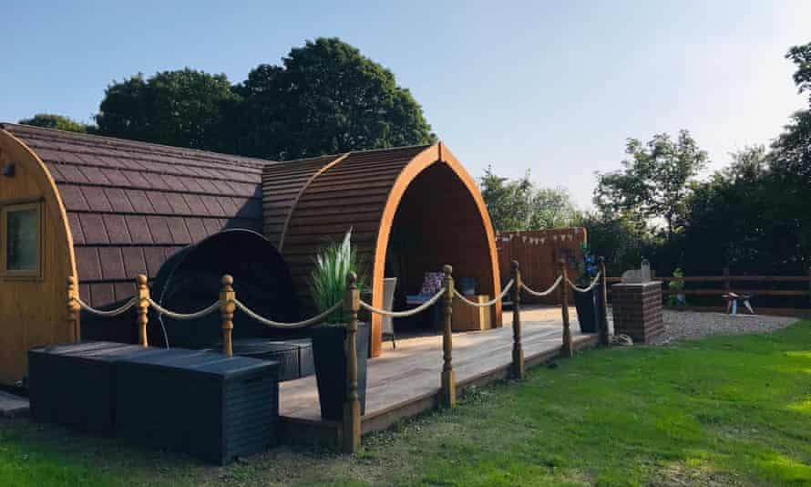 Hedgrow Luxury Glamping pod exterior