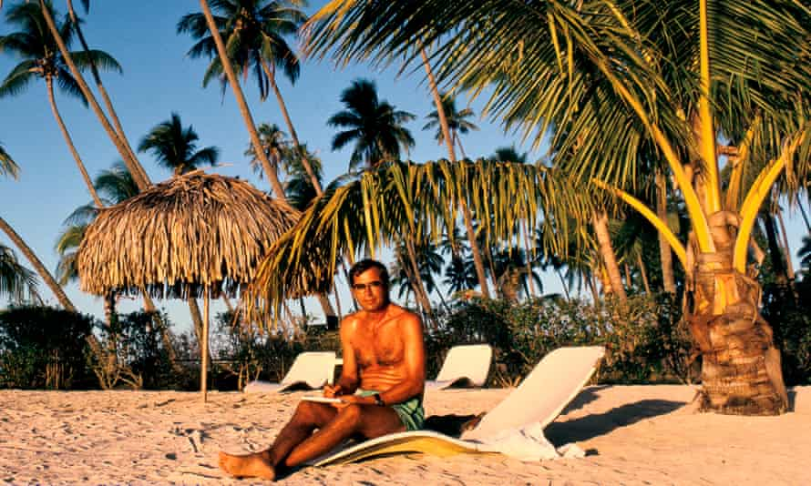 Paul Theroux in Tahitian beach French Polynesia.Author PAUL THEROUX on a Tahitian beach, FRENCH POLYNESIA, 1991.
