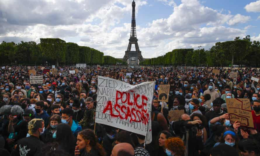 Hundreds of demonstrators gather in Paris to hold George Floyd protests, a case that has shone the spotlight on the death in custody of Adama Traoré.