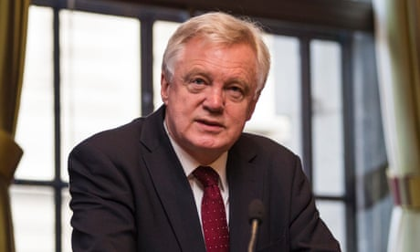 Immigration could fall to almost zero if UK leaves EU, says David Davis