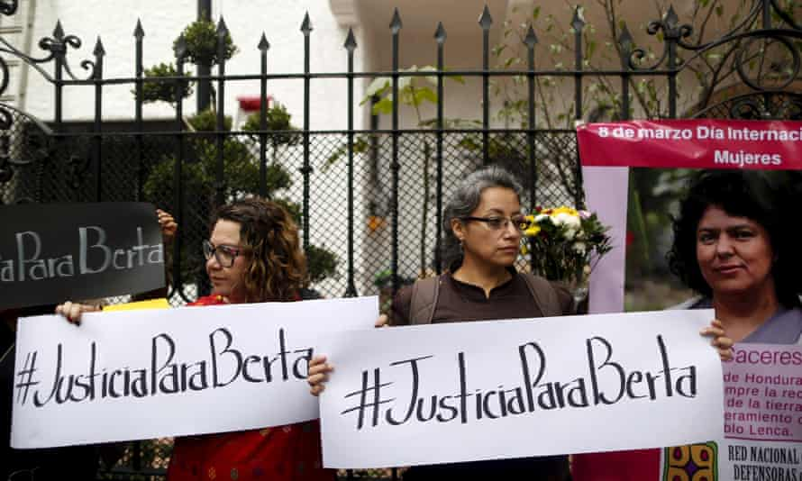 Activists during International Women's Day outside the Embassy of Honduras in Mexico City.