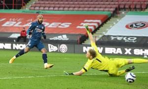 Alex Lacazette scores for Arsenal.