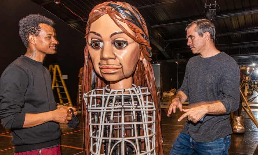 Puppeter Girum Bekele with artistic director Amir Nizar Zuabi.
