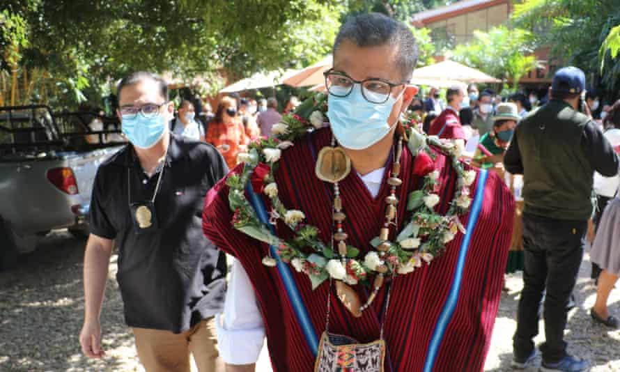 Alok Sharma, visits the community of San Jose, in Santa Cruz, Bolivia, before traveling to Brazil.