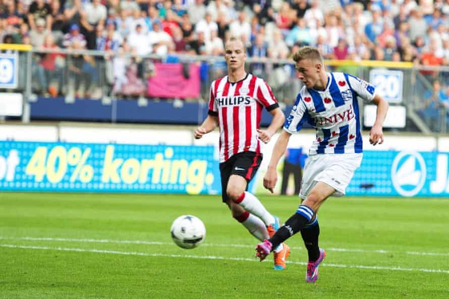 Heerenveen's Daley Sinkgraven, now playing for Ajax, scores the winning goal in a Eredivisie match between SC Heerenveen and PSV Eindhoven on 28 September 2014. Heerenveen won 1-0.