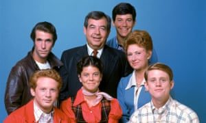 Erin Moran, centre, with other members of the cast of Happy Days.