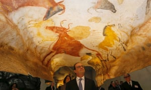 French President Francois Hollande visits Lascaux 4, a new replica of the prehistoric paintings of the Lascaux cave, in Montignac, on December 10, 2016.